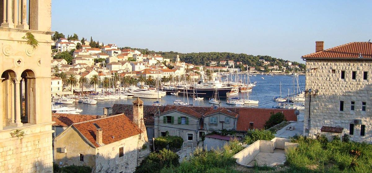 Town Hvar with Split Taxi Boat